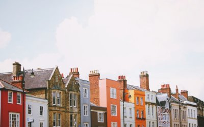 Als gescheiden stel vlak bij elkaar in de buurt blijven wonen, een praktische keuze of juist niet?